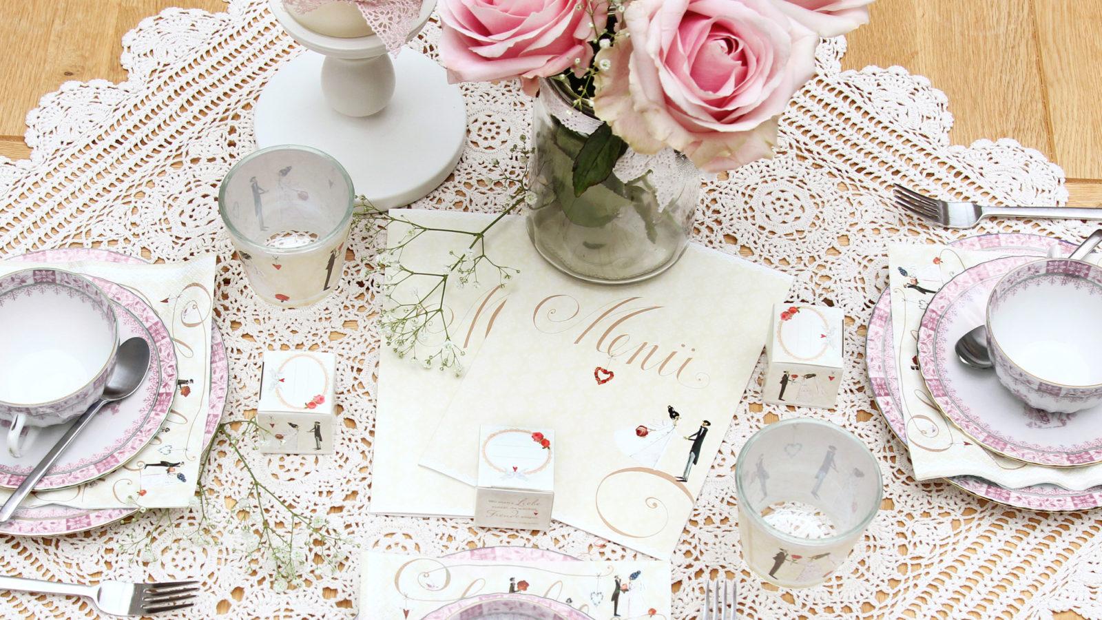 Tischdeko zur Hochzeit und edle Papeterie