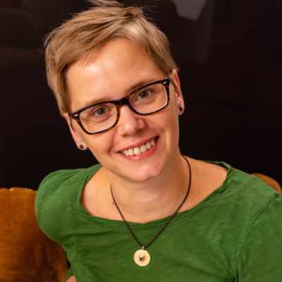 katja jäger illustratorin im Grätz Verlag