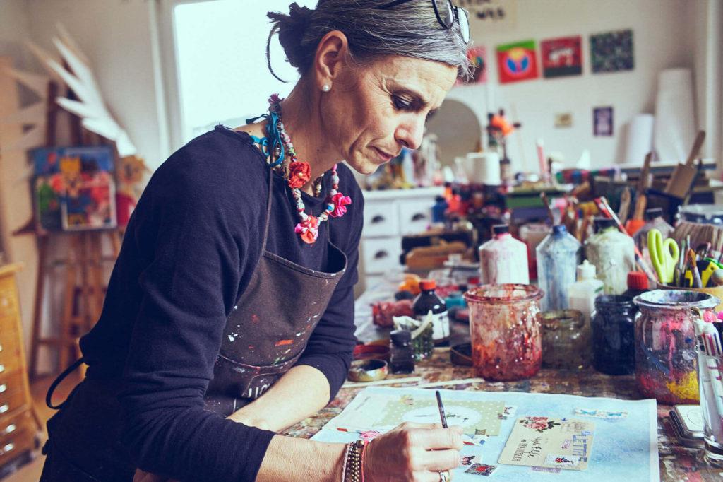 Illustratorin Silke Leffler